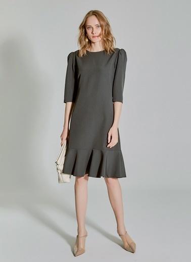 People By Fabrika Kol Detaylı Volanlı Elbise Haki